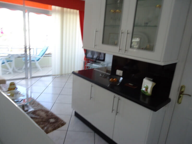 fred-and-sue-charter-kitchen-builders-tenerife-rad-interiors (2)