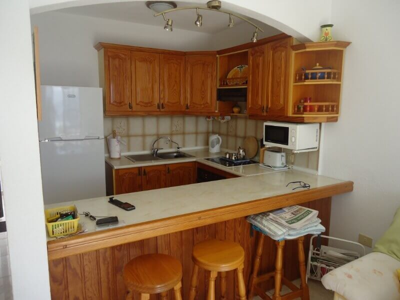 gordon-and-carole-short-kitchen-builders-tenerife-rad-interiors (6)