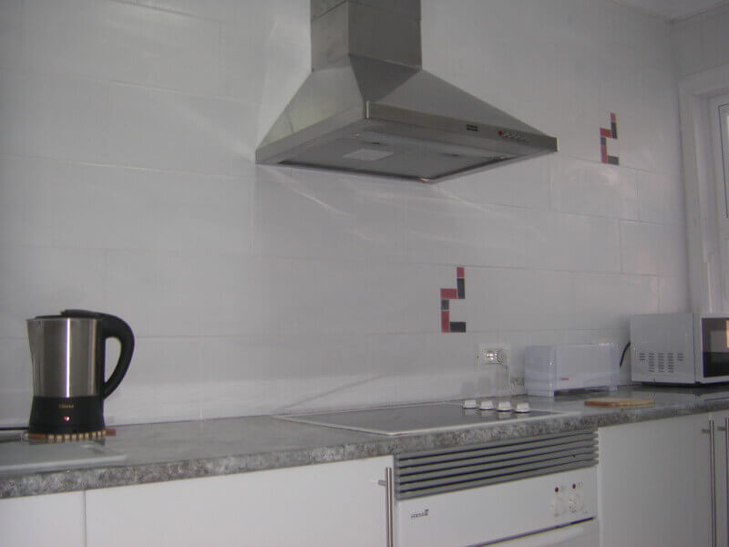 pater-and-jane-thomas-after-kitchen-builders-tenerife-rad-interiors (1)