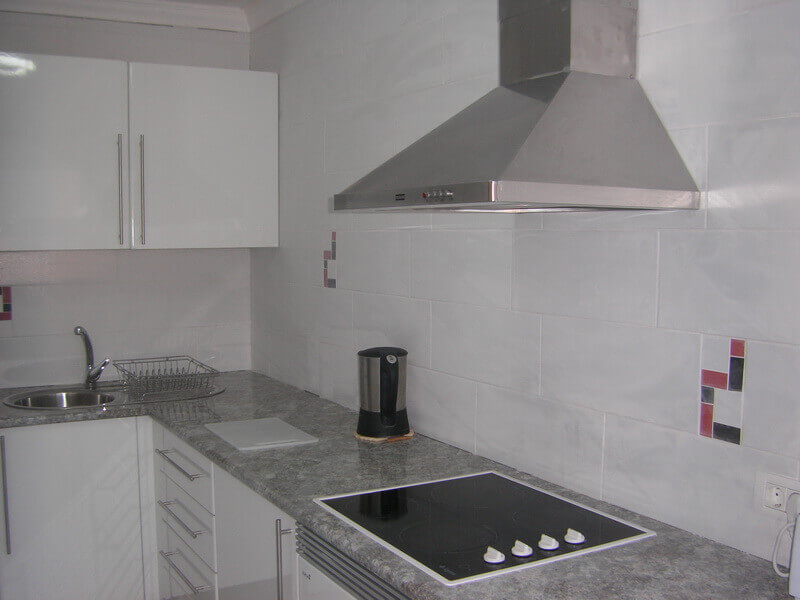 pater-and-jane-thomas-after-kitchen-builders-tenerife-rad-interiors (3)